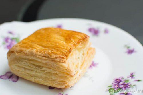 キャラメルミルクパイ【Pasco】横から見た図