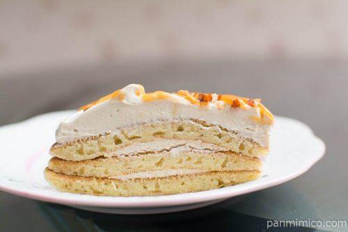 キャラメルクリームのパンケーキ【ローソン】中身はこんな感じ
