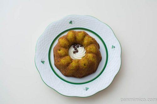 抹茶クグロフケーキ【ファミリーマート】上から見た図