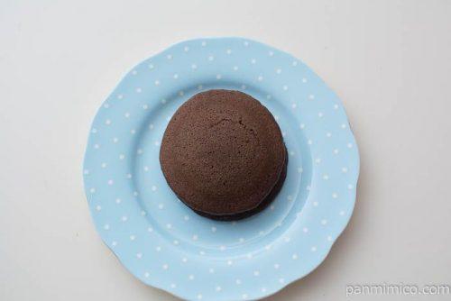 チョコを楽しむチョコパンケーキ【ファミリーマート】上から見た図