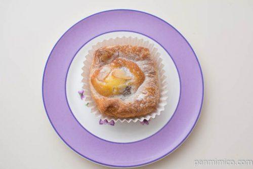 第一パン ラ・ベットラ イタリア栗とぶどうのケーキデニッシュ上から見た図