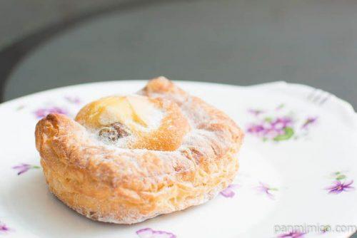 第一パン ラ・ベットラ イタリア栗とぶどうのケーキデニッシュ横から見た図