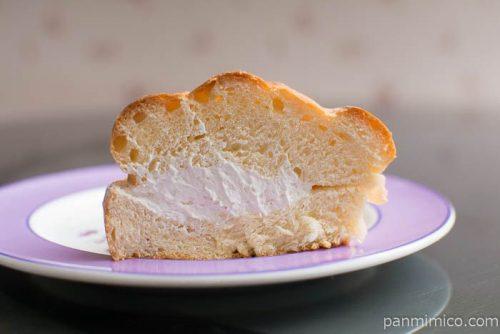 北海道ミルクパン【第一パン】中身はこんな感じ