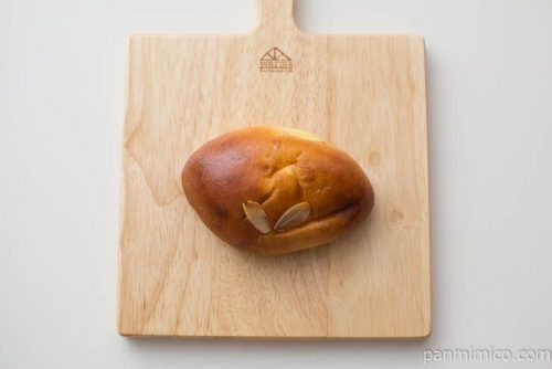 【パンのお店ito】クリームパン上から見た図