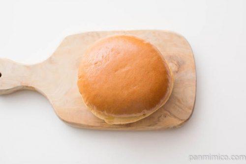 ヤマザキ ふっくらバーガー(お好み焼き)オリバーソース使用上から見た図