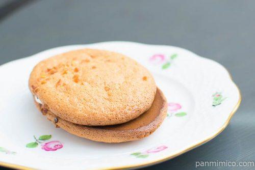 糖質を考えたふわっとパフケーキ【ローソン】横から見た図