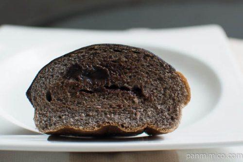 濃厚ショコラ【第一パン】中身はこんな感じ