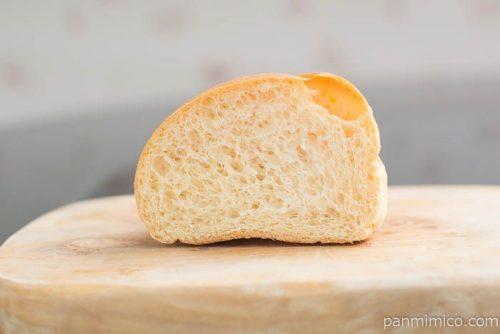 糖質を考えたふんわりパン【コープこうべ】中身はこんな感じ