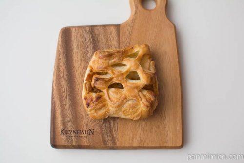 照り焼きチキンデニッシュ【第一パン】上から見た図