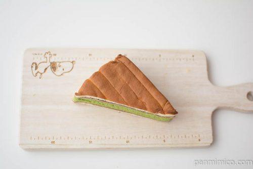 欅坂46抹茶サンド 黒糖クリーム&こしあん【ローソン】上から見た図