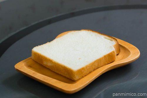 米粉入りもっちり食パン【神戸屋】横から見た図