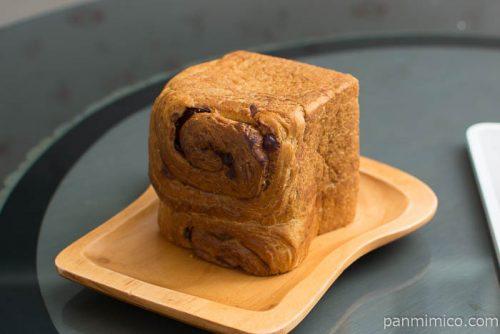 クランベリーとクリームチーズ【神戸屋】パンのミミ