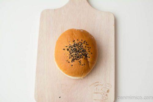 きなこ&ホイップパン(ぎゅうひ入り)【ファミリーマート】上から見た図