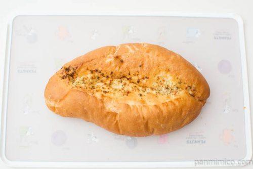 ガーリックフランスパン【ヤマザキ】上から見た図