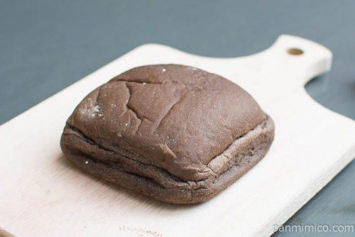 ミルククリームパン【第一パン】横から見た図