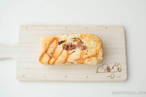 オニオン明太ハムチーズ【フジパン】上から見た図