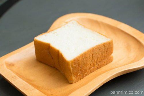 しっとり豆乳ブレッド【タカキベーカリー】横から見た図