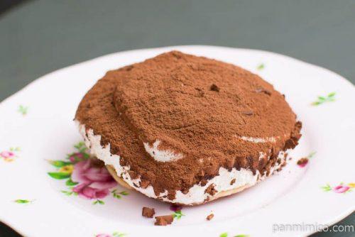 ティラミス仕立てのクリームパンケーキ【ローソン】横から見た図