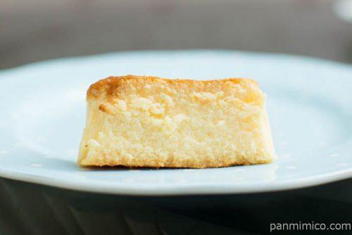 バスチー ‐バスク風チーズケーキ‐【ローソン】断面図