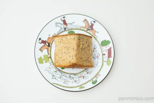 紅茶のシフォンケーキ【セブンイレブン】上から見た図