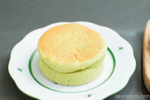 平焼きメロンパン メロンホイップ【Pasco】横から見た図