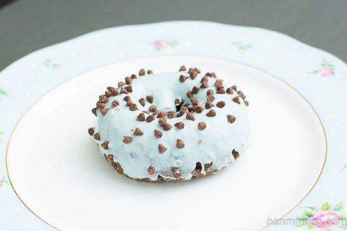 ローソン チョコミントドーナツ横から見た図