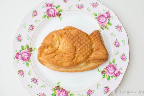 たい焼き風パン(つぶあん入り)【ヤマザキ】上から見た図