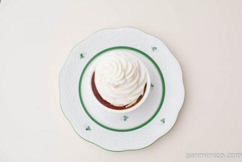 クリームほおばるプディングケーキ【ファミリーマート】上から見た図