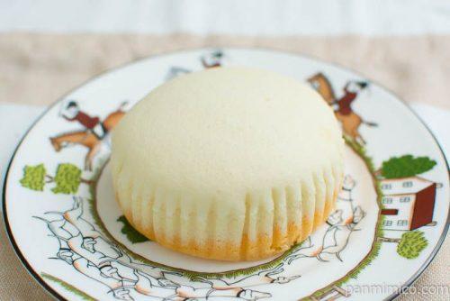マンゴー味わう 杏仁豆腐蒸しケーキ【Pasco】横から見た図