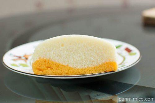 マンゴー味わう 杏仁豆腐蒸しケーキ【Pasco】断面図