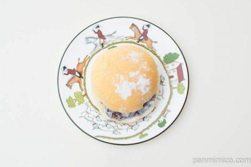 ホイップクリームバーガー(粒あん)【ヤマザキ】上から見た図