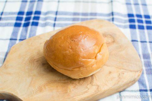 塩バターパン(4)(赤穂市産の塩使用)【ヤマザキ】横から見た図