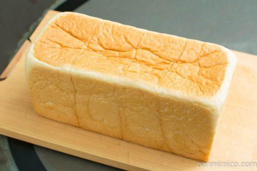 【銀座に志かわ】水にこだわる高級食パン
