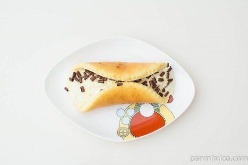 チョコバナナオムレット(甘熟王バナナクリーム使用)【ヤマザキ】上から見た図