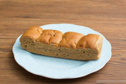 大人の味わい牛乳パン 渋皮マロンクリーム【Pasco】横から見た図