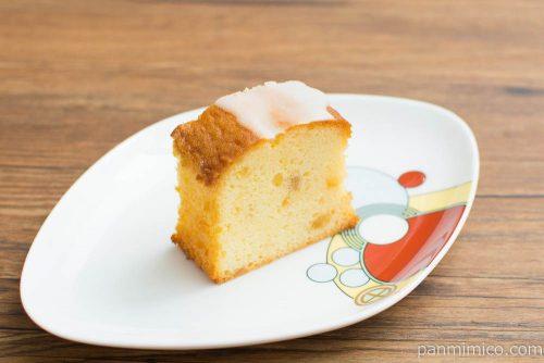 レモンのケーキ【タカキベーカリー】横から見た図