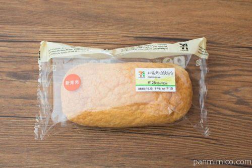 メープルクリームのメロンパン【セブンイレブン】パッケージ