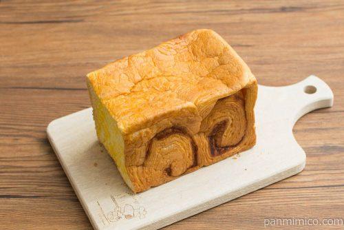 生食パン黄金やか【神戸屋】横から見た図