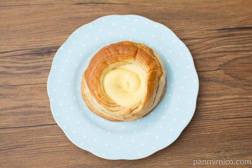カスタードクリームを味わうデニッシュ【ヤマザキ】上から見た図