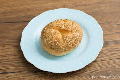 あんバターパン【ヤマザキ】横から見た図