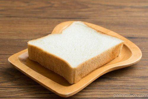 おいしい食パン 4枚スライス【Pasco】横から見た図