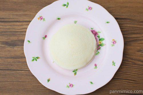 白い苺のパンケーキ【Pasco】上から見た図