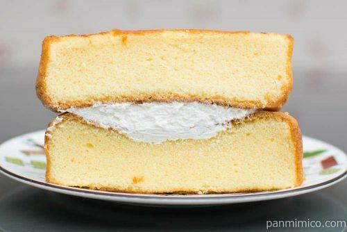 たっぷりたまごのケーキ【フジパン】断面図
