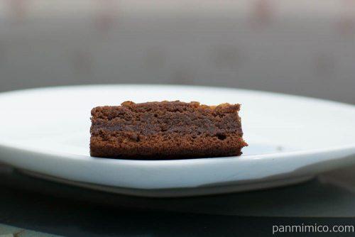 ブランのショコラケーキ 1個【ローソン】断面図