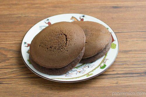 ショコラパンケーキ クッキークリーム【Pasco】横から見た図