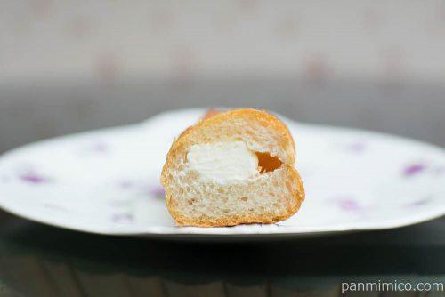 マチノパン ミルクとバターのフランスパン 【ローソン】断面図