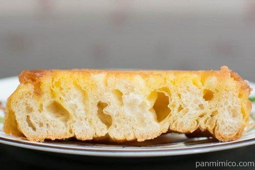 マチノパン 焦がしバターのクイニーアマン【ローソン】断面図