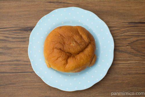 まるでシュークリームみたいなパン(ホイップ&カスタード)【ヤマザキ】上から見た図