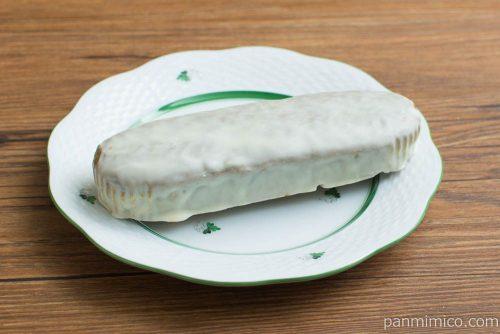 抹茶とホワイトチョコのケーキ【ヤマザキ】横から見た図