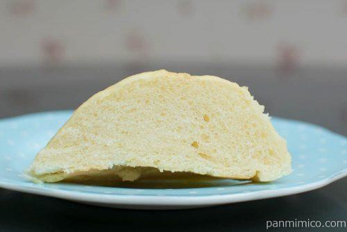 北海道小麦のメロンパン3個【シロクマロール】断面図